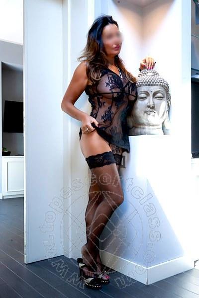 Linda Italiana  RICCIONE 3889710954
